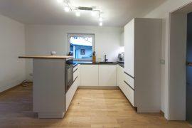 Küche weiß beschichtet